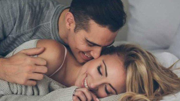 Ανασφάλεια στις ερωτικές σχέσεις: 4 συμβουλές για να μην σας βαρεθεί ποτέ